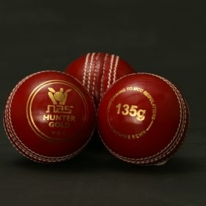 NAS Cricket Ball - Hunter Gold 135g Red 100281
